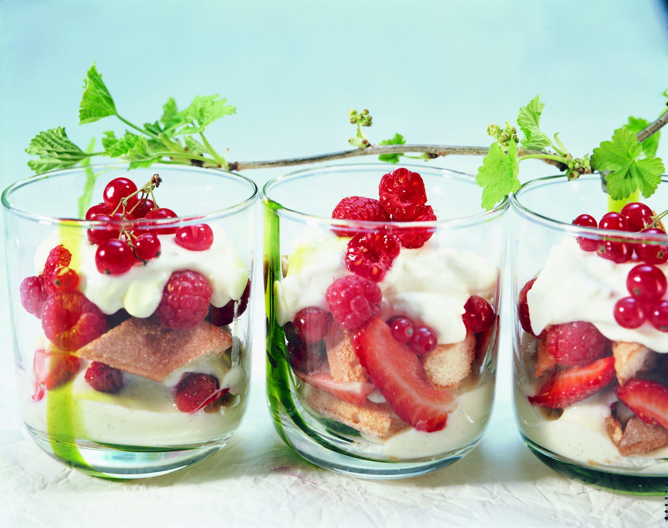 Beeren-Trifle