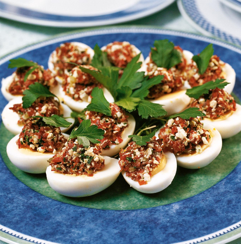 Eier mit Hobelfleisch-Tatar