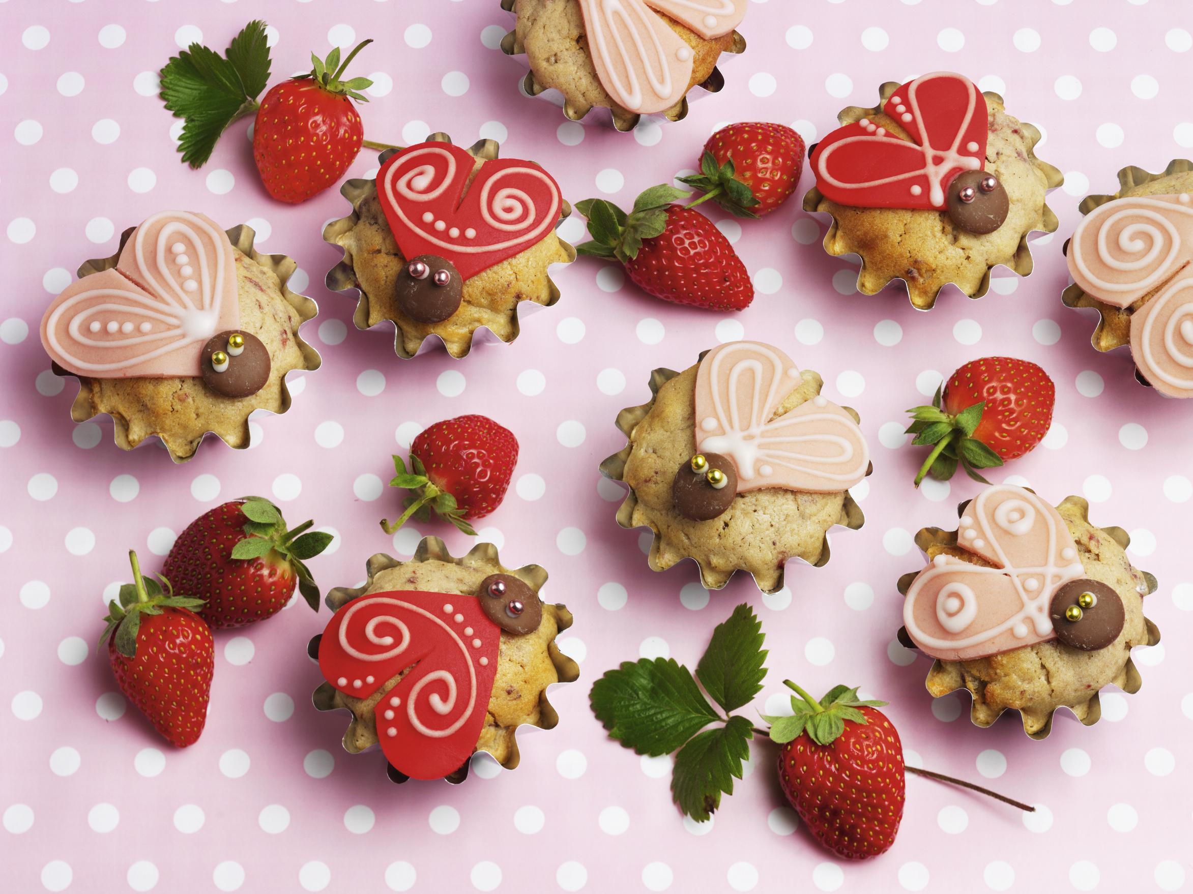 Erdbeermuffins mit Crème fraîche