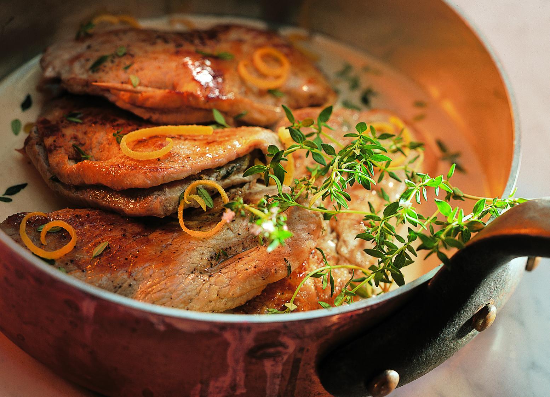 Escalopes de veau farcies à la sauce au thym et au citron