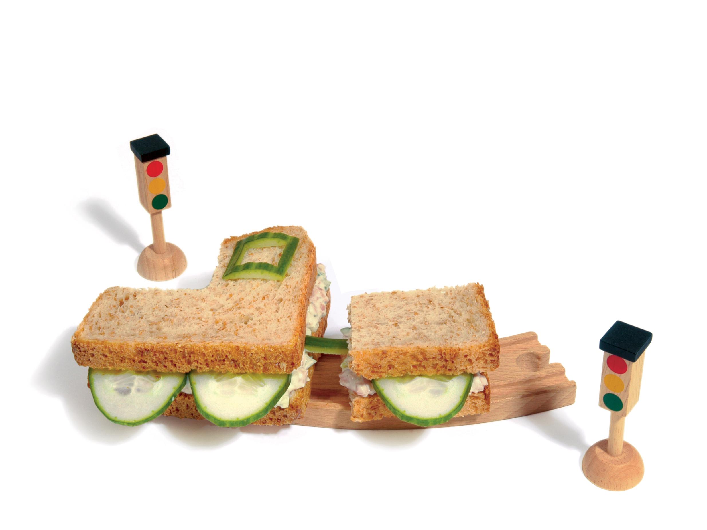 """Sandwich """"locomotive"""" jambon-concombre"""