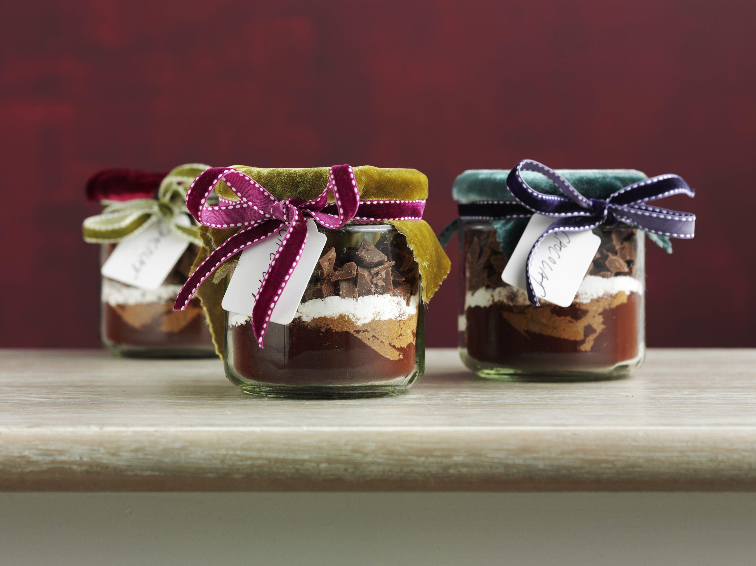Heisse Schokolade mit Gewürzen (Mischung zum Schenken)