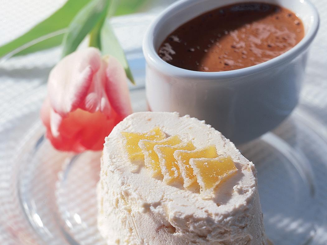 Parfait au gingembre et sabayon au chocolat