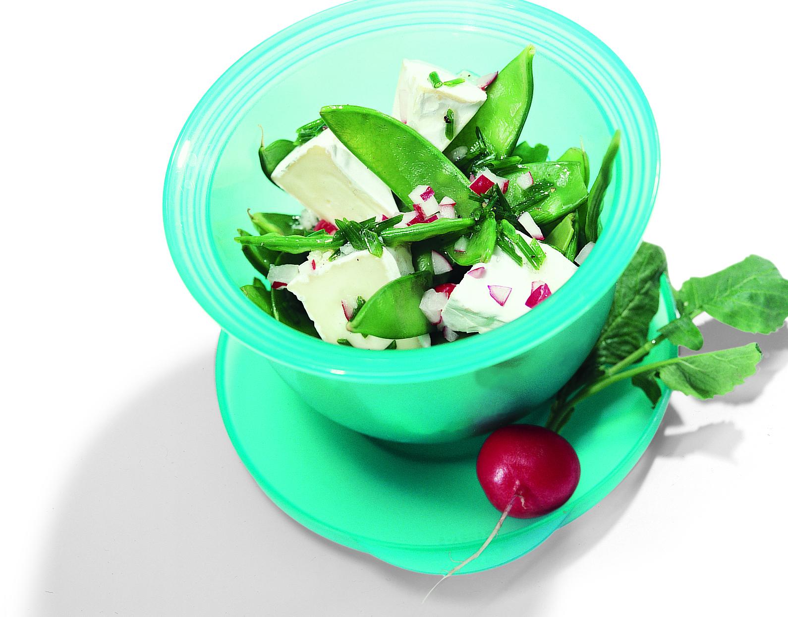 Salade de pois mange-toutau camembert