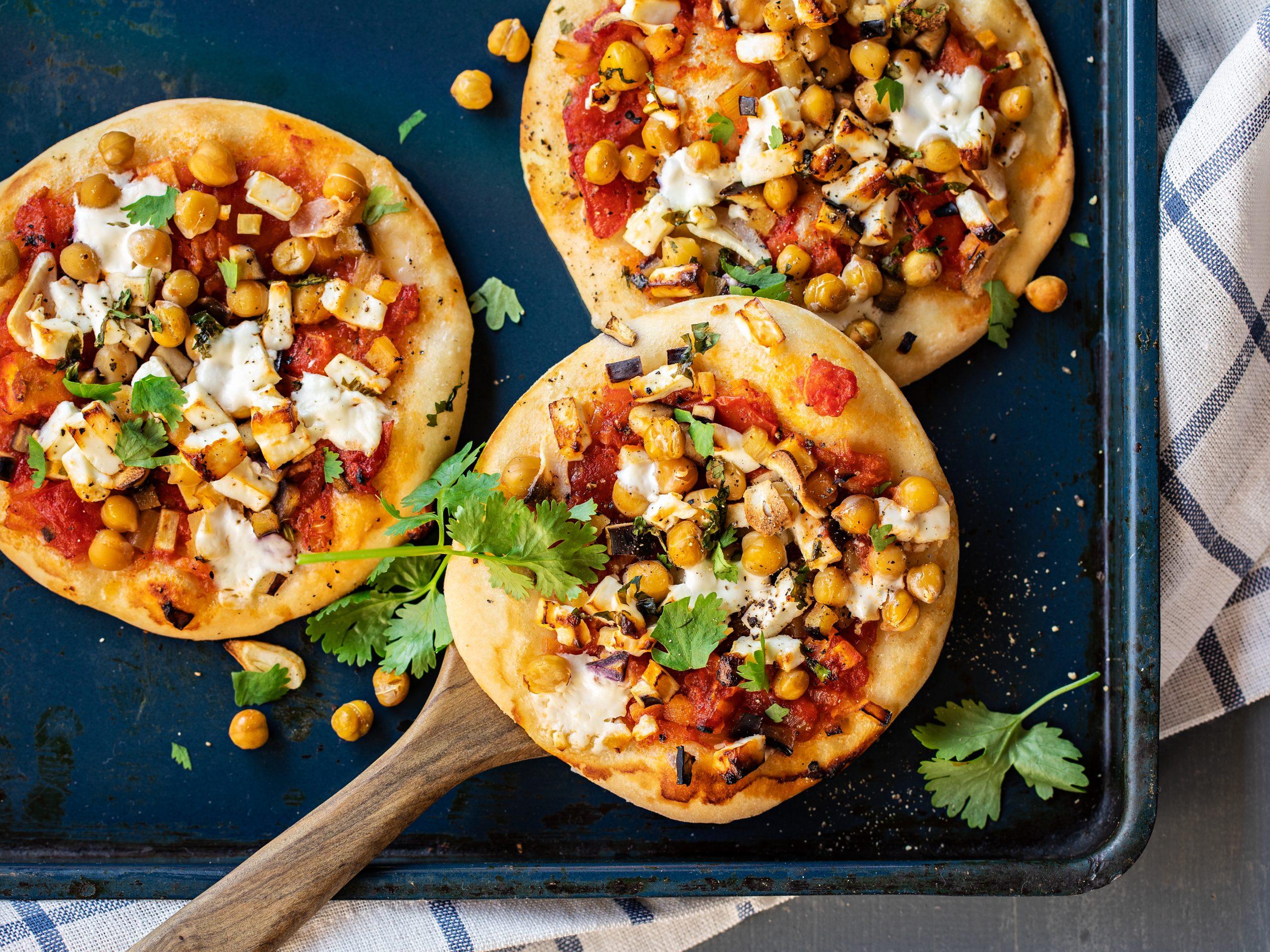 Pizzette aux pois chiches et au fromage frais