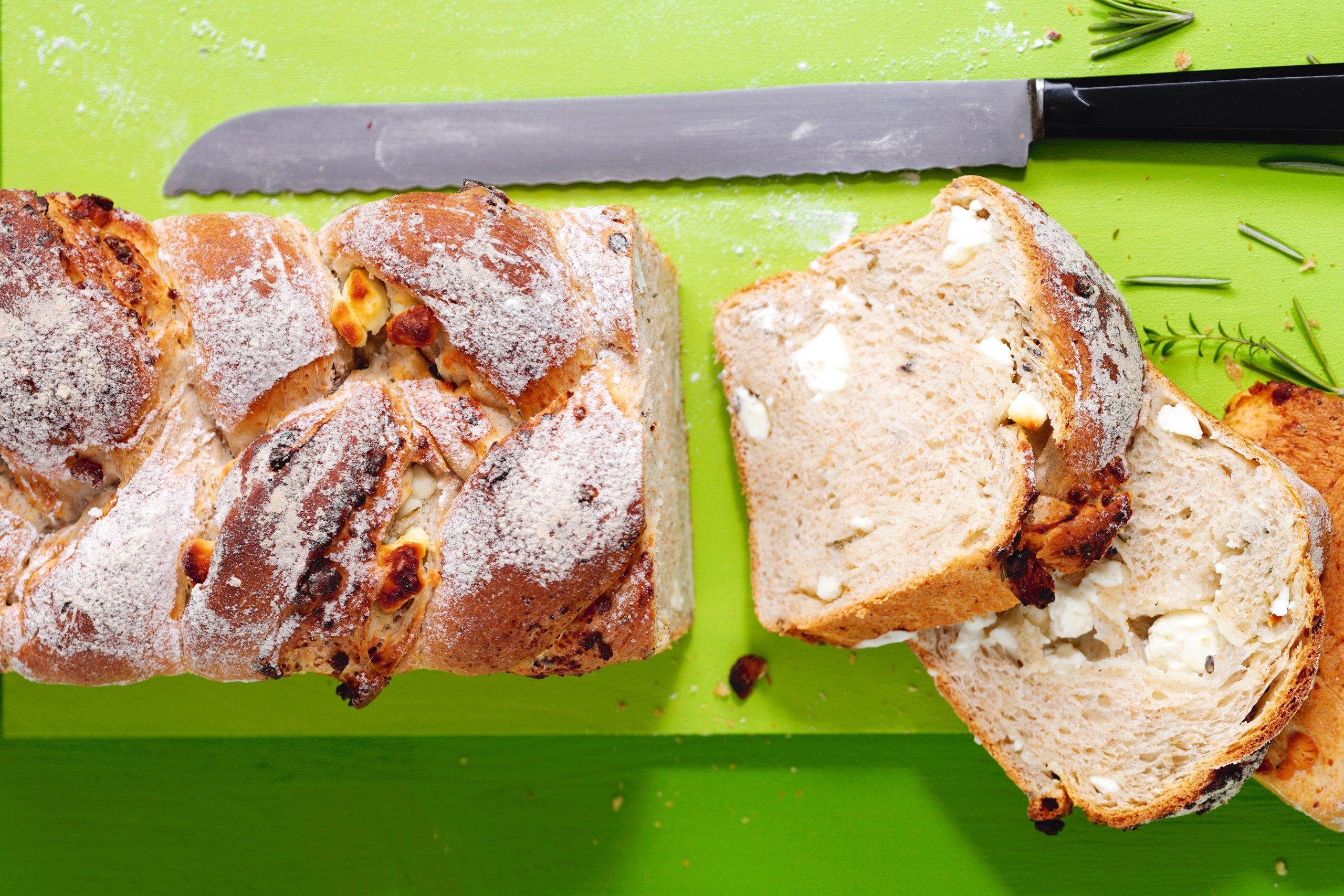Kräuter-Frischkäse-Zopf