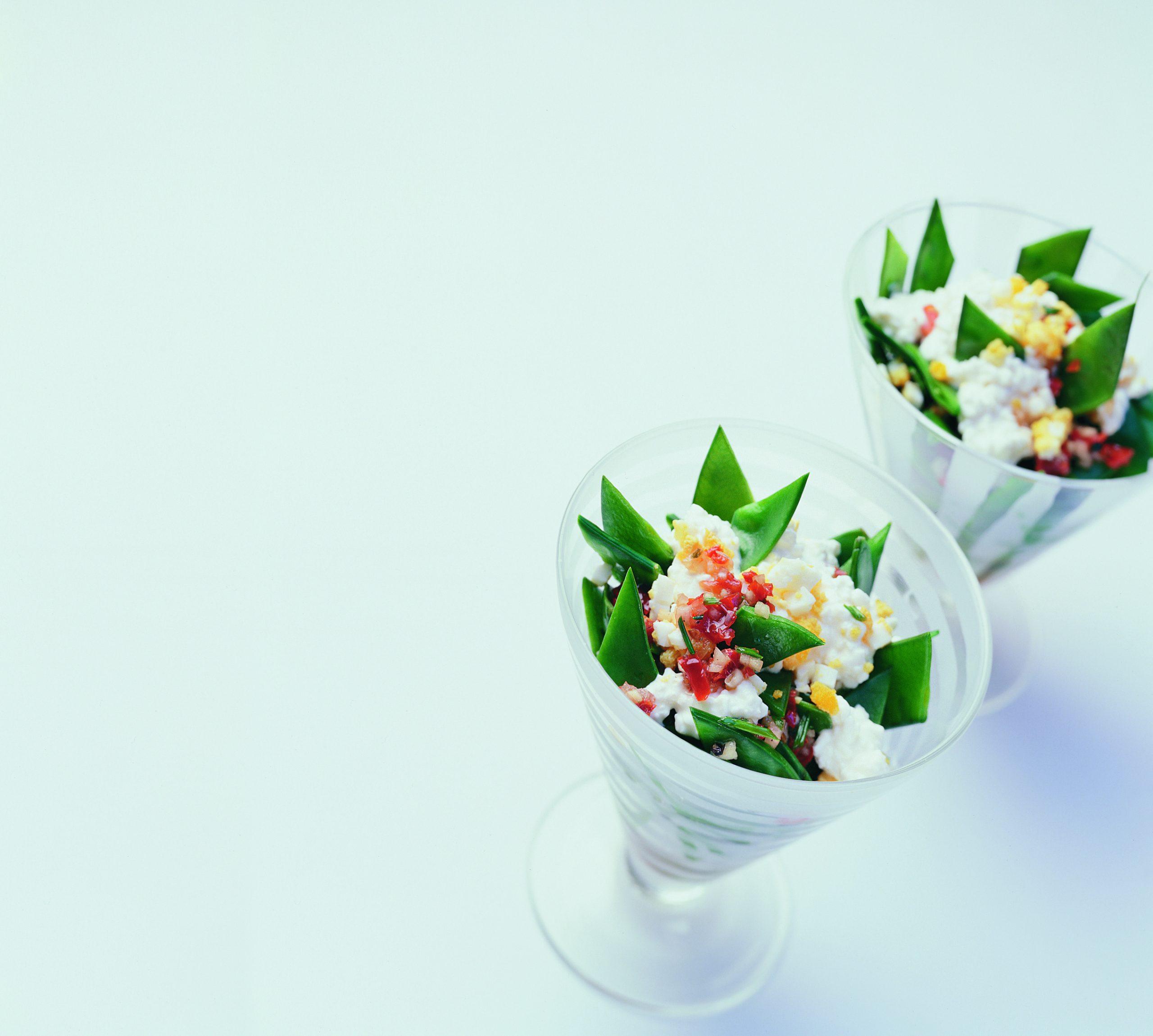 Salade tiède aux pois mange-tout