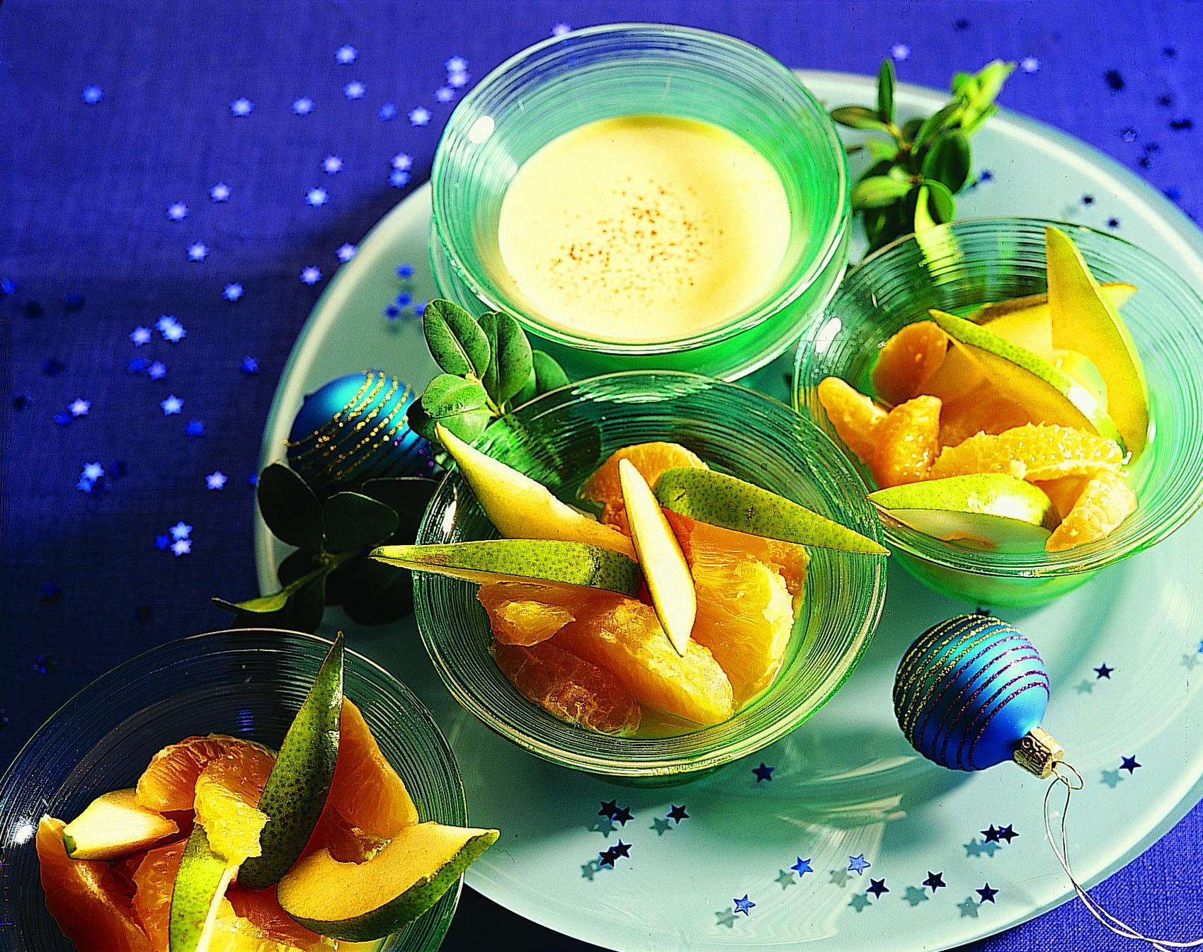 Winterfruchtsalat mit Lebkuchen-Zabaione