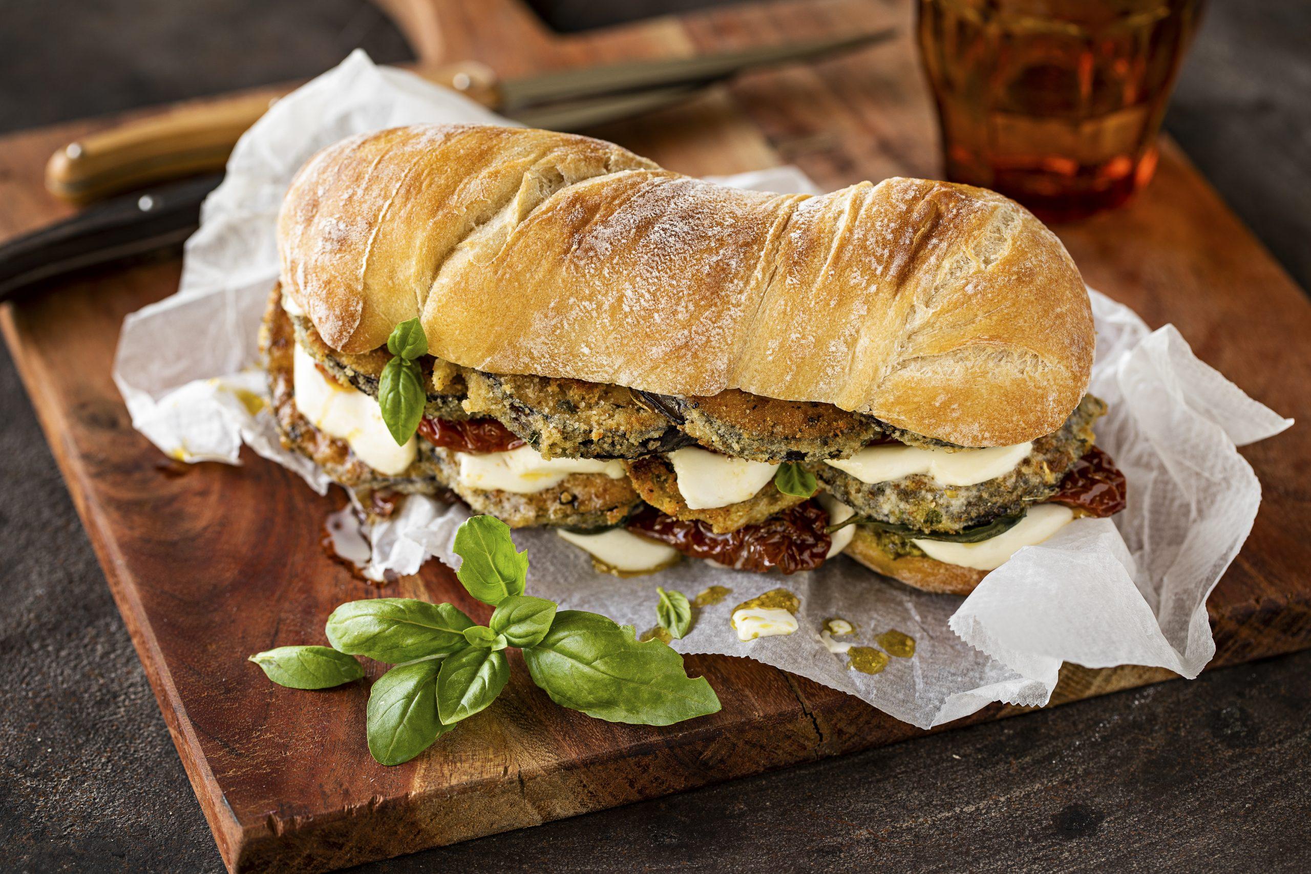 Cheese-Grill-Sandwich mit Auberginen